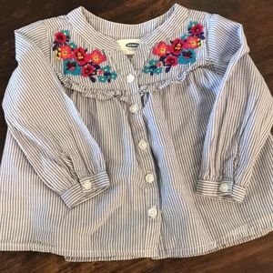 Button down swing top